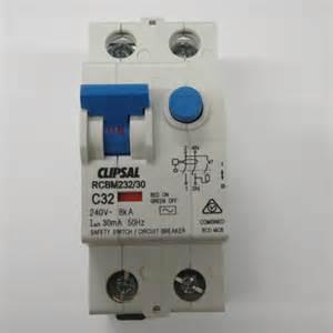 clipsal 2 pole safety switch 8ka 32 rcd mcb rcbo
