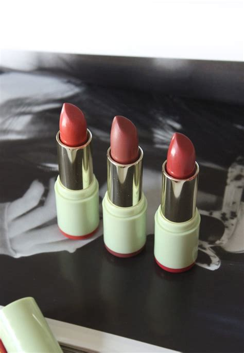 Lipstik Pixy Lip review pixi mattelustre lipsticks shea butter lip