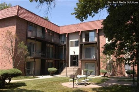 west dodge apartments apple valley apartments for rent 8349 underwood ave