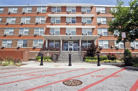 ranking of residence halls at ecu