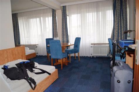 hotel amsterdam 3 bett zimmer 3 bett zimmer bild apartment hotel hamburg mitte