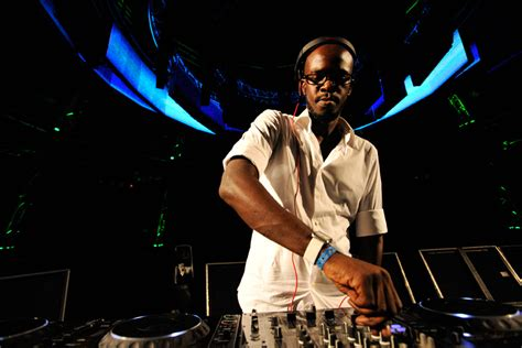 south african house music djs caipirinha lounge luanda international jazz festival 2011 superman by dj black coffee