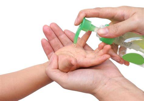 amankah  bayi menggunakan hand sanitizer