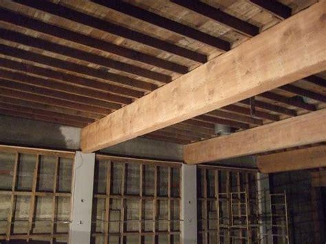 soffitti in legno lamellare predimensionamento travi legno le travi come
