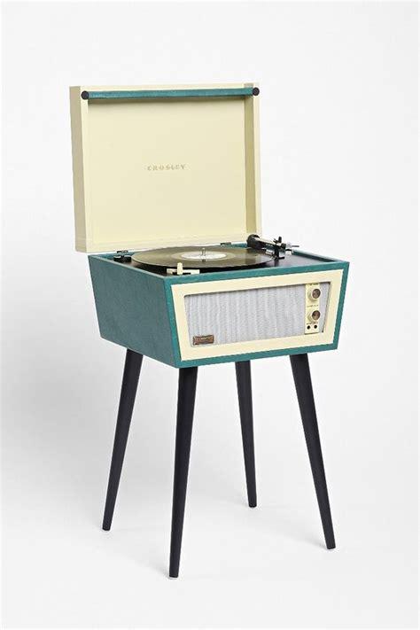 Idée Cadeau A Faire Soi Meme Pour Homme by Crosley X Uo Sterling Vinyl Record Player Vinyles