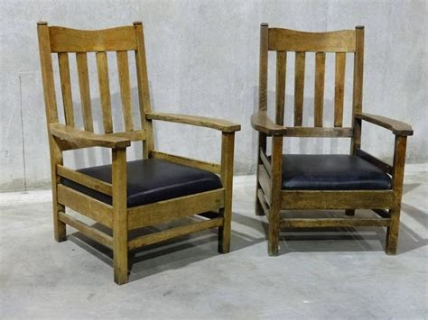 mission style lounge chair 1920 large lodge craftsman style lounge chairs for sale at