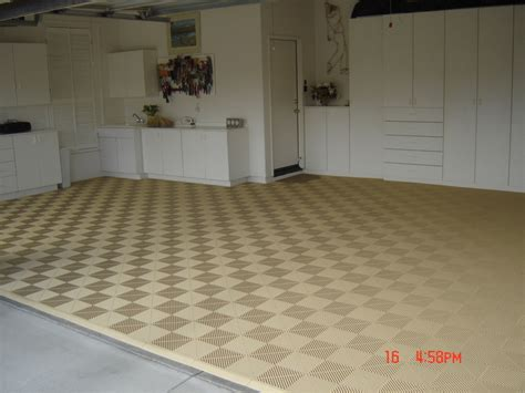 Swisstrax Flooring by Stylish Modular Floors Tiles And Garage Flooring