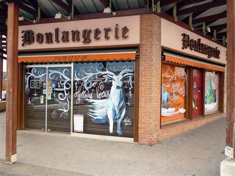 Decoration Vitrine Boulangerie by Une Vraie N Cessit Le Monde Des Boulangers Deco Vitrine