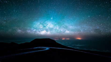 wallpaper pemandangan malam galaksi langit bintang