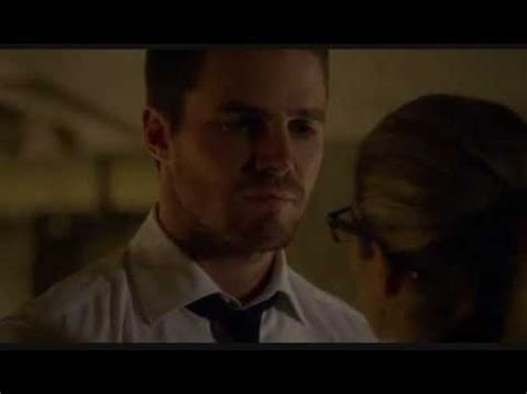 top 3 reasons not to resurrect moira queen on arrow cultjer oliver queen get his scars bing images
