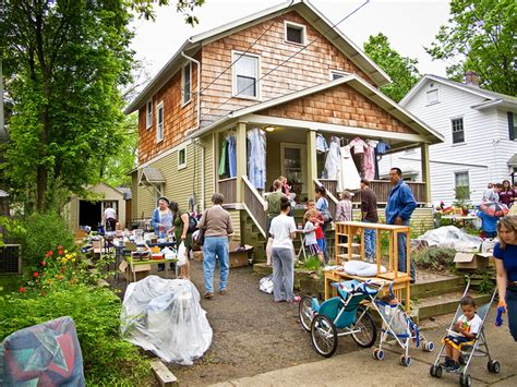 tips for shopping at estate sales
