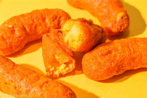Mac N Cheetos we tried burger king s new mac n cheetos business insider