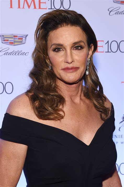 did bruce jenner have hair plugs kellie maloney tells caitlyn jenner to stop competing with