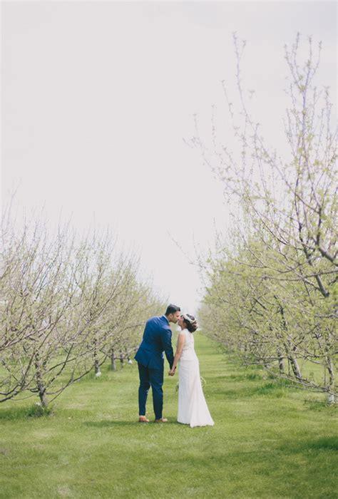 Garden Chic Attire For Wedding Garden Chic Wedding In Ontario The Wears Bhldn