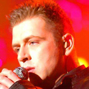 westlife biography facts mark feehily bio facts family famous birthdays
