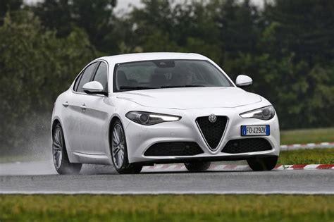 Alfa Romeo Giulia Fiyat by 2019 Alfa Romeo Giulia Modelleri Ve Fiyatları Alfa Romeo