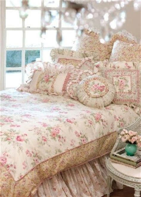 pink vintage bedroom on pinterest beds bedrooms and colors bedding pastels and shabby chic pinterest