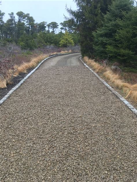 25 best ideas about driveway edging on pinterest stones for driveway driveway border and