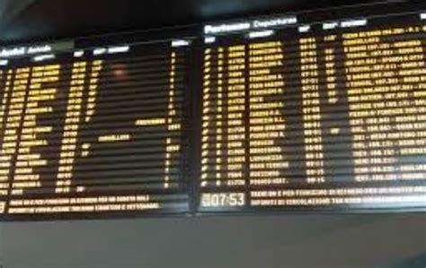 treni per porta garibaldi treni cancellati lavori in corso a porta garibaldi