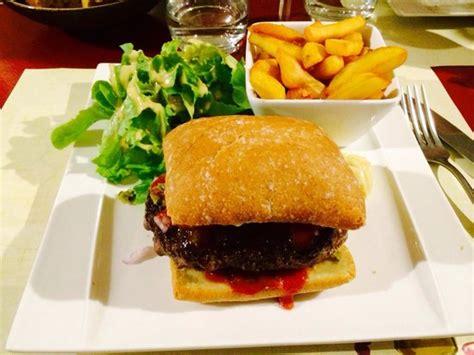 restaurant cuisine en sc鈩e annonay burger au steak hach 233 fait maison photo de opus wine
