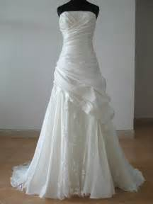 mannequin for wedding gown