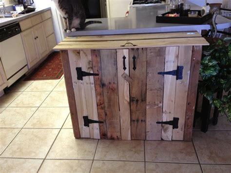 Pallet Cabinet by Pallet Wood Trash Can Cabinet Diy Pallet