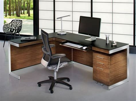 5 Types Of Office Desks You Should Have Tolet Insider Types Of Office Desks