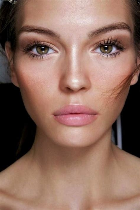 Makeup Looks by Makeup Trend 15 Quot No Makeup Quot Makeup Looks You Must Try
