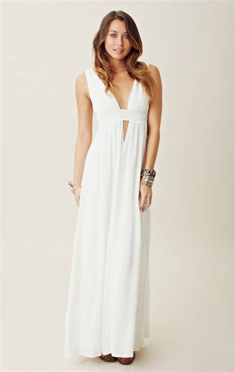 maxi white a white maxi dress tamunsa delen