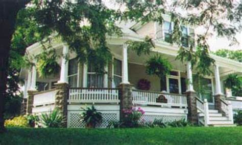 bed and breakfast st charles mo fabulous honeymoon getaway review of raines victorian