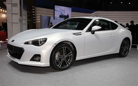 white subaru 2013 subaru brz matte white front three quarter jpg photo 2
