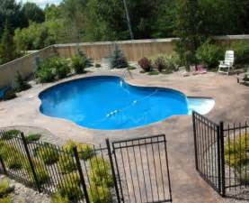 Backyard Pool Design Backyard Swimming Pool Designs Marceladick