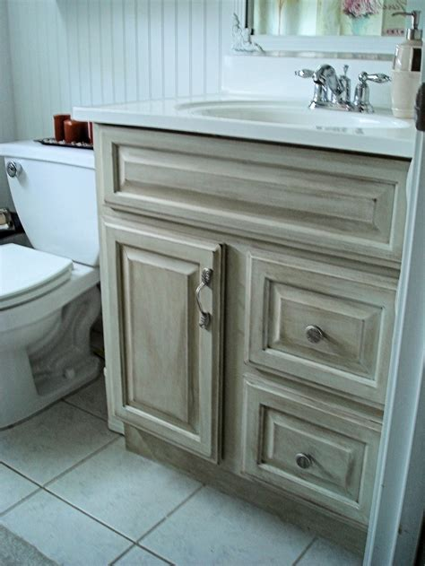 how to update bathroom vanity update old bathroom vanity diy pinterest