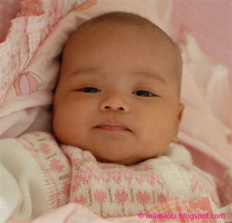Gendongan Bayi 7 Bln happy and barokah perkembangan bayi bulan 2 3