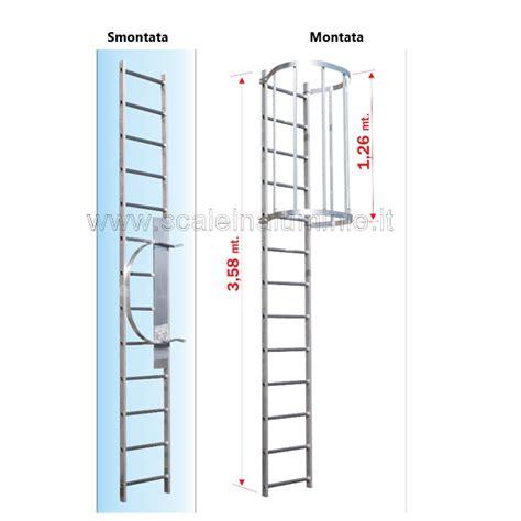 scala a gabbia scala con gabbia di protezione modulo di partenza 04