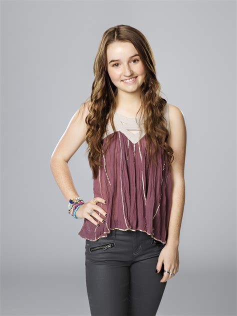 actress plays eve baxter kaitlyn dever as eve baxter on last man standing