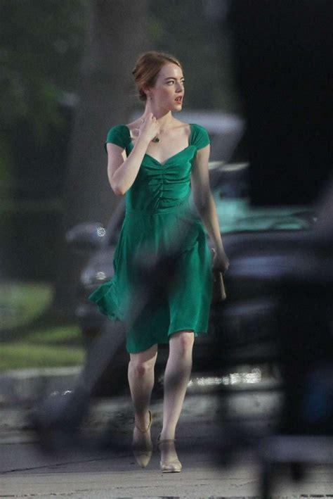 emma stone dress la la land emma stone in green dress on la la land 04 gotceleb