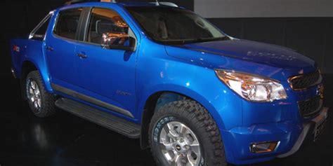 Lu Belakang Chevrolet Colorado chevrolet colorado tawarkan kemewahan