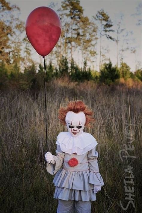 pennywise girls halloween costume idea