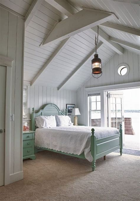 Lake Bedroom Decorating Ideas by Best 25 Cottage Style Bedrooms Ideas On