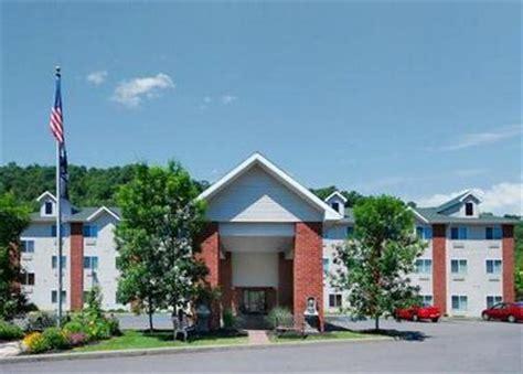 comfort inn charleston wv comfort suites charleston charleston deals see hotel