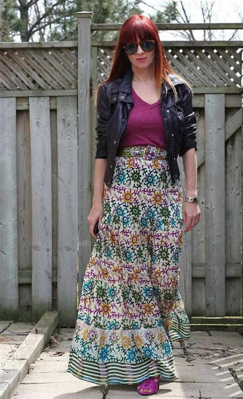 how to wear a maxi dress or maxi skirt