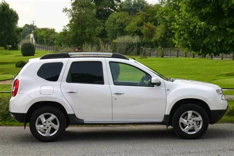 renault duster 4x4 2015 comparison renault duster 2015 vs dacia duster 2015