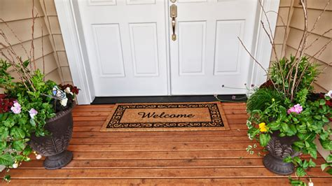 Front Porch Mats by 8 Popular Front Porch Decorating Ideas Realtor 174