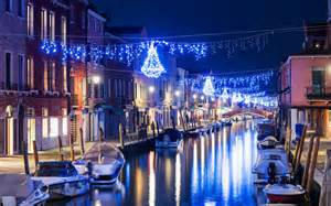 Christmas Lights Dallas How To Spend Christmas In Italy Travel Leisure