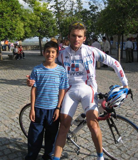 fotos de hombres con bultos grandes ciclistas con bulto grande images reverse search