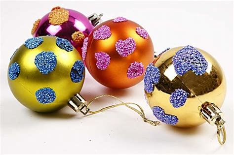 baubles to decorate decorated baubles