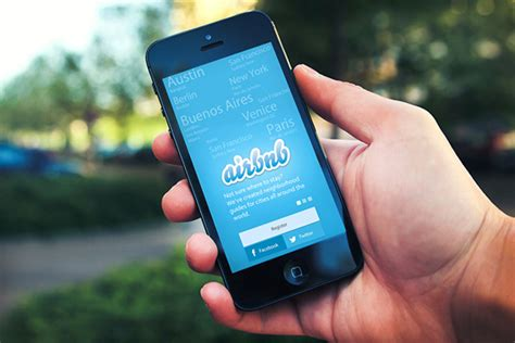 airbnb app airbnb offers free lodging to stranded travellers in us