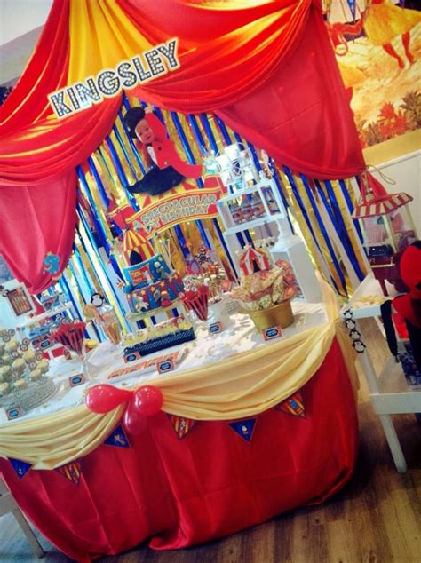circus themed table decorations backdrop cake table buffet for a circus animals