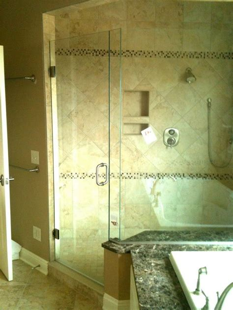 Guardian Shower Door Splendor Glass Shower Door Laurence Co Inc Splendor Shower Doors Guardian Shower Guard
